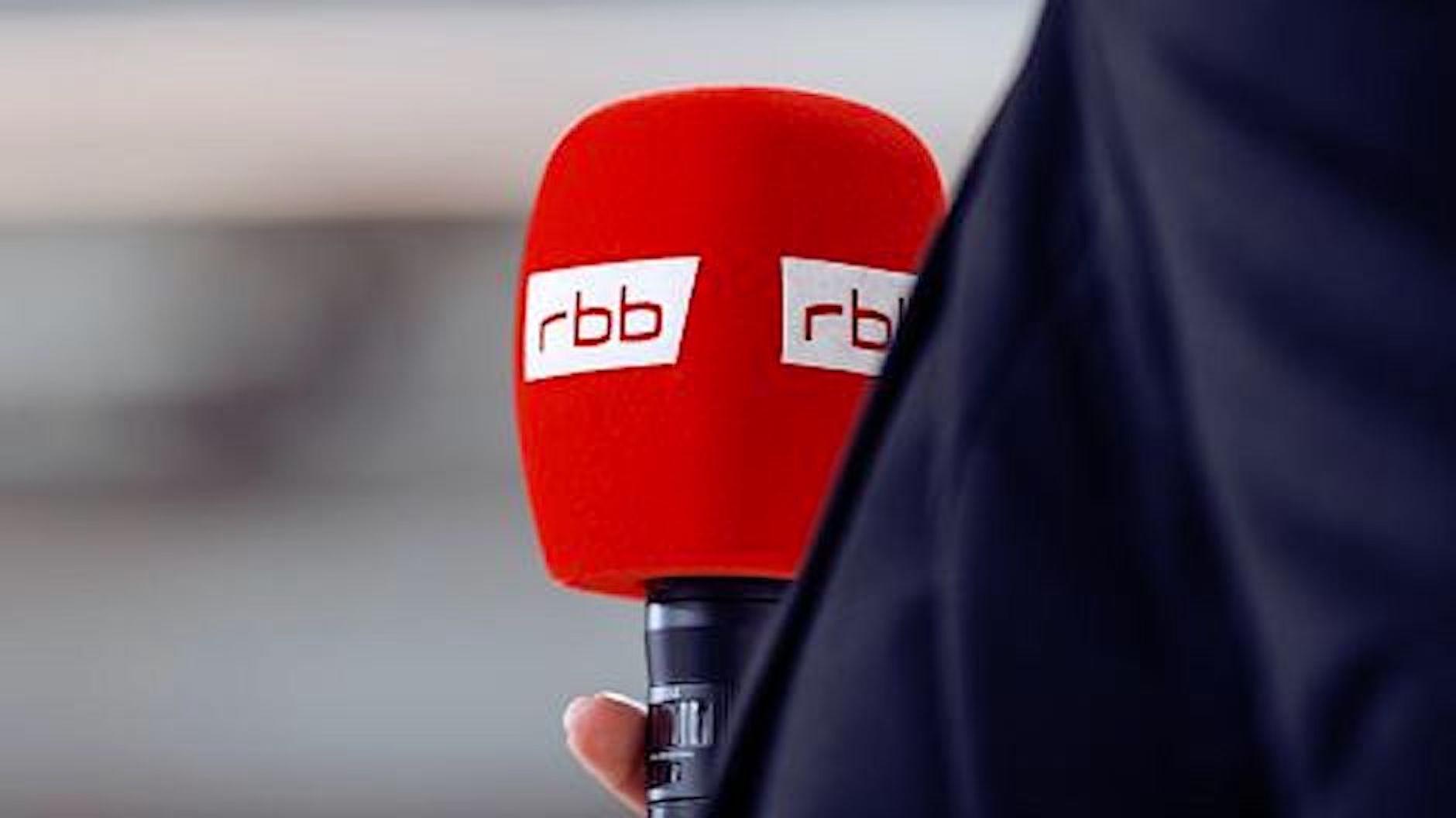 https://www.vdskc.de/wp-content/uploads/2021/02/rbb-Mikrofon.jpg